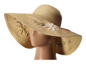 Beach Hat with Flowers